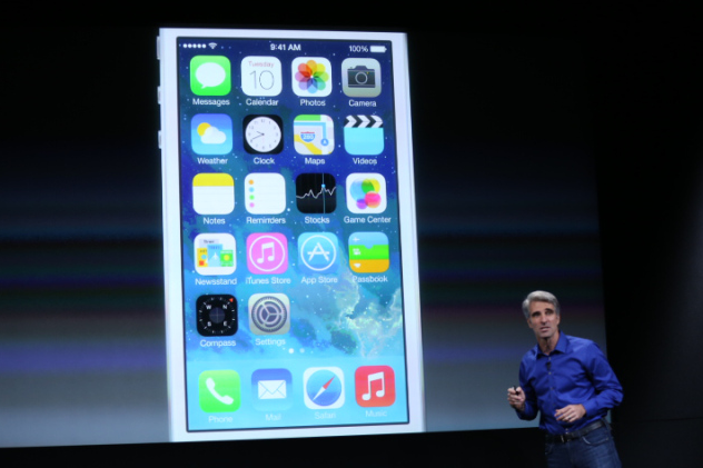 Apple Officially Announces The iPhone 5C and 5S Take My Money!