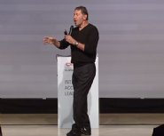 Larry-Ellison-from-Oracle-unviels-new-cloud-changes