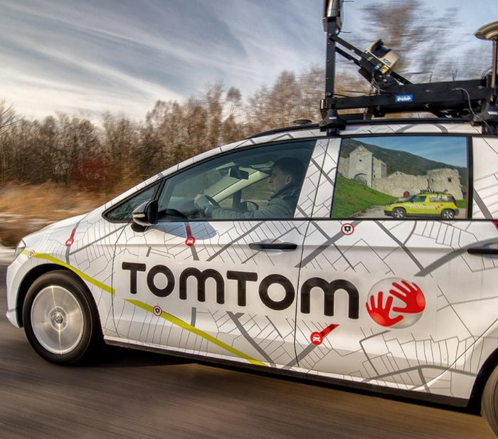 Free mobile maps and traffic tiles for developers from new TomTom SDK