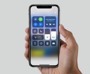 Creating apps for iPhone X with newly opened doors